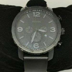 Fossil Men's Leather Analog Black Dial Watch Y56